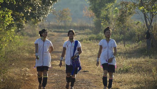 တိုင်းရင်းသား လူငယ်များ၏ နိုင်ငံရေးနှင့် ခေါင်းဆောင် မှု ဆိုင်ရာ စွမ်းရည်မြှင့် သင်တန်း (အပတ်စဉ်-၂)