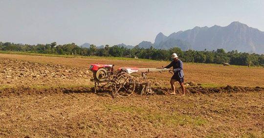 လယ်ဧကအလိုက်ဘဏ်ချေးငွေအပြည့်အဝချေးပေးရန် တောင်သူများတောင်းဆို