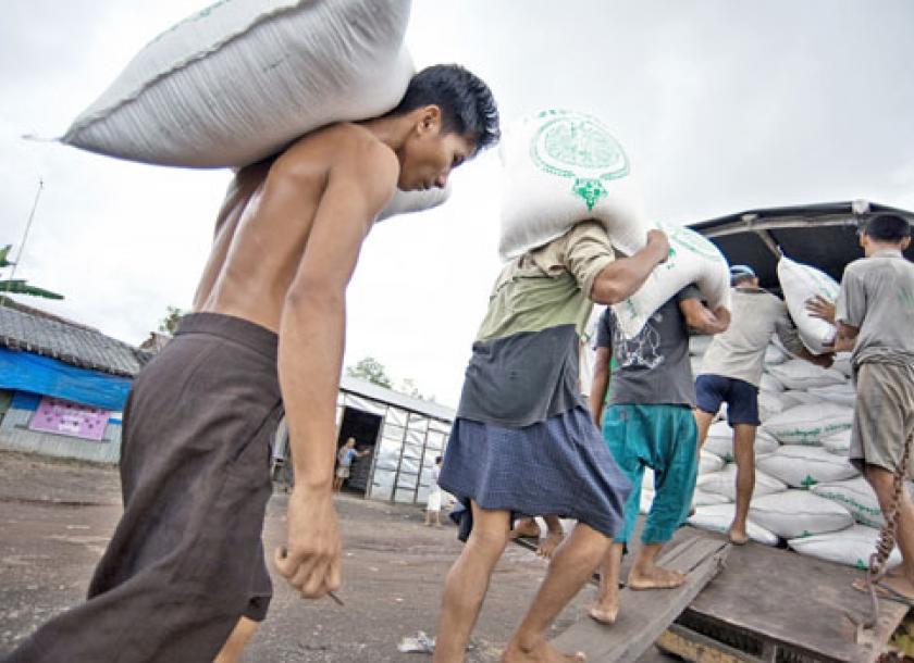 မြန်မာ့ဆန်နှင့် ဆန်ကွဲကို တရားဝင်ဝယ်ယူရန် ယူနန်အစိုးရနှင့် MoU လက်မှတ်ထိုး
